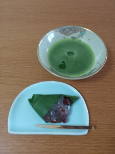 抹茶平茶碗≪青海波≫